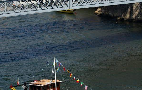 Passeio de Tuk Tuk pelo Porto e muito mais!